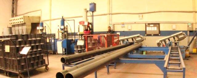 Fase processo produttivo 03-preparazione-della-parte-interna-del-serbatoio