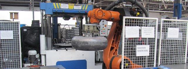 Fase processo produttivo 04-robot-di-montaggio